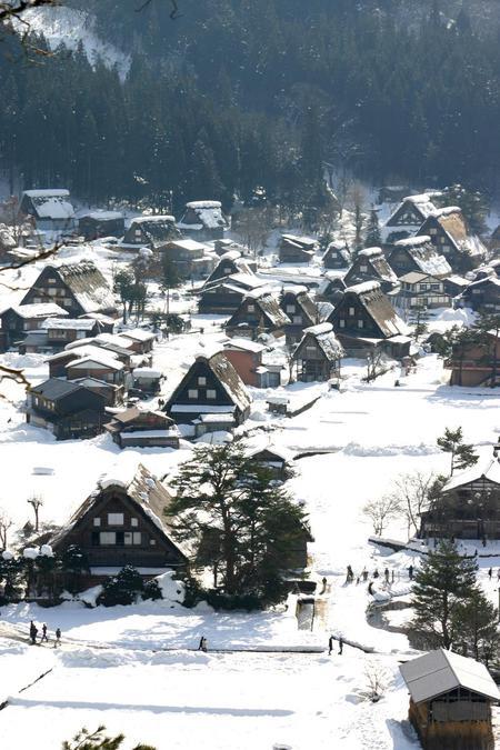 年末年始 休日をズラして、ちょっと遅めのお正月をたっぷりとお楽しみください♪ 世界遺産 白川郷 ⑥