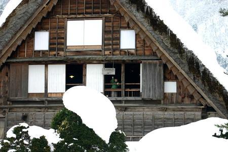 冬のぜいたくはコレ!寒い冬、旅をするならいっそ雪国の世界遺産 白川郷がいい~純白の銀世界&雪見を楽しみながら温かな温泉も堪能 ①