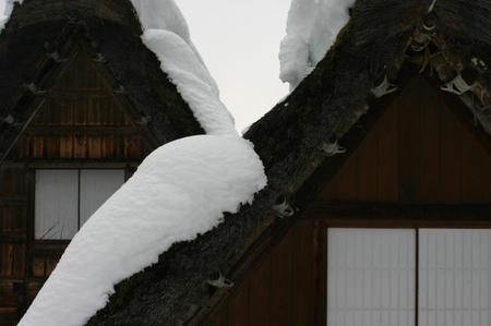 冬のぜいたくはコレ!寒い冬、旅をするならいっそ雪国の世界遺産 白川郷がいい~純白の銀世界&雪見を楽しみながら温かな温泉も堪能 ④