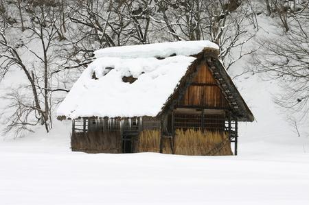 明日開催! 世界遺産の白川郷ライトアップ~キーンと張りつめた冬の 空気感の中、 神秘的な幻想な世界遺産を瞼に焼き付けて下さい ⑤