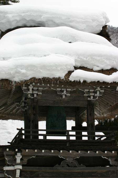 明日開催! 世界遺産の白川郷ライトアップ~キーンと張りつめた冬の 空気感の中、 神秘的な幻想な世界遺産を瞼に焼き付けて下さい ⑪