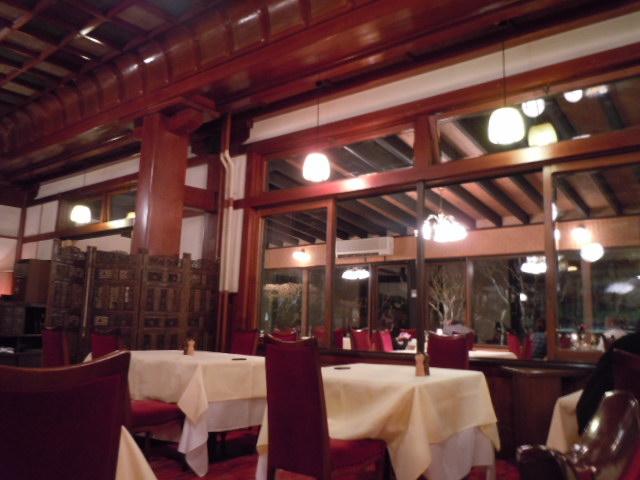 万平ホテル ダイニングルーム3