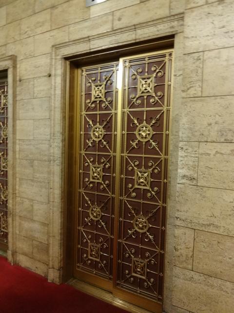 綿業会館 エレベーター