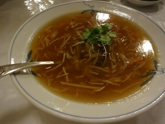 東華菜館 ふかひれスープ
