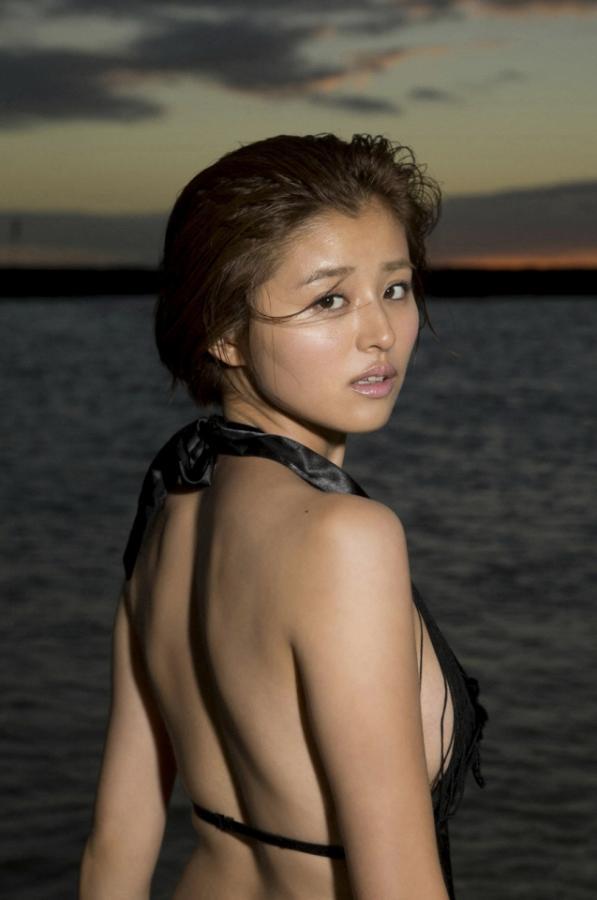 suzuki_chinami_10_06.jpg