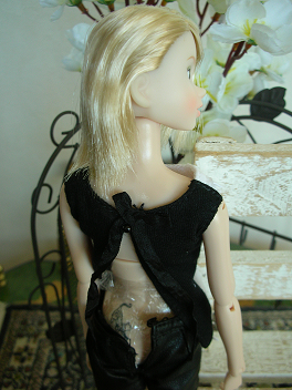 Ambivalent Girl5