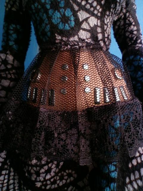 lace_print_dress_c.jpg