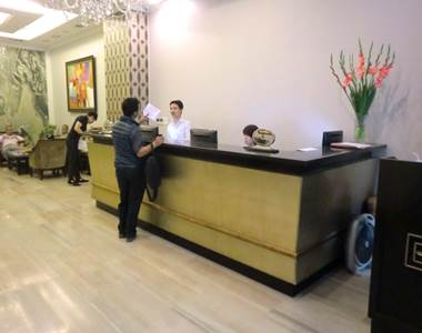 ハノイ デマントイドホテル レセプション1