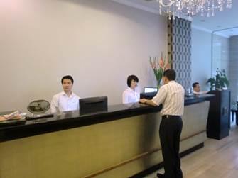 ハノイ デマントイドホテル レセプション2