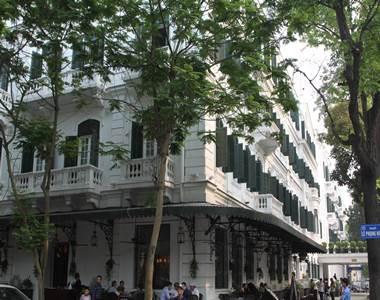 ホテル外観1A