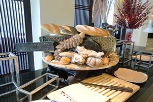 ホテルエクアトリアル チットチャットカフェレストラン2