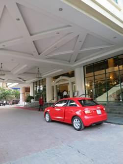 ハノイ フォーチュナホテル エントランス