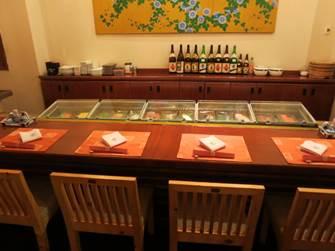 サンライズニャチャン レストラン花ぶさ 寿司カウンター