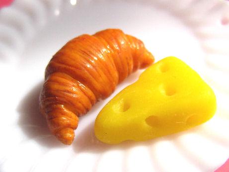 クロワッサン&チーズ09221
