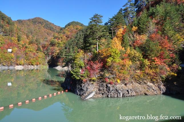 瀬戸合峡の紅葉3