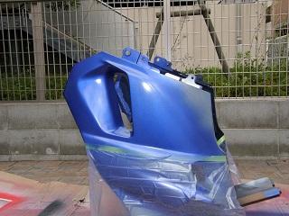 ZZR400369.jpg