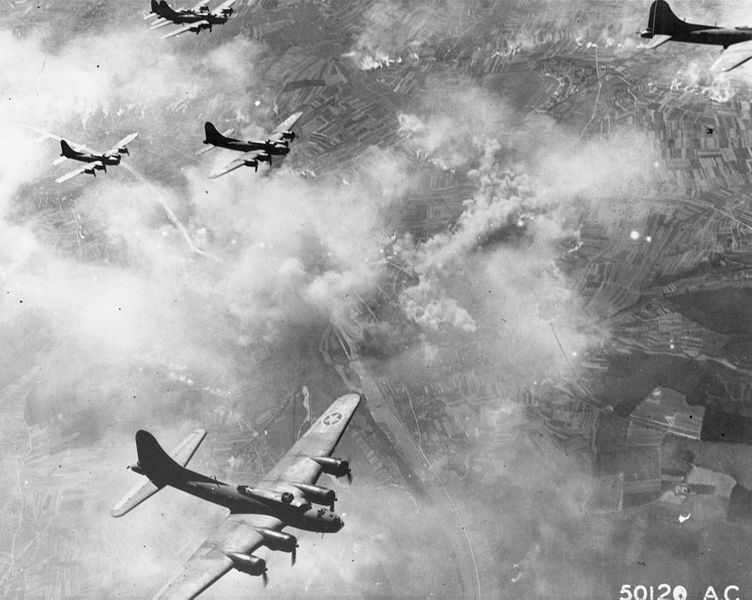 752px-B-17F_formation_over_Schweinfurt,_Germany,_August_17,_1943