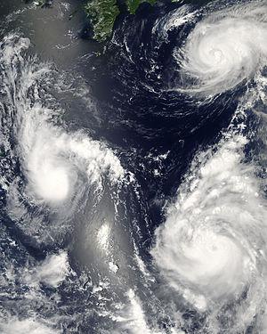 300px-Pacific_Typhoons.jpg