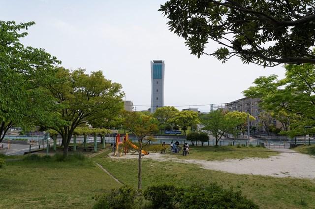 福岡市営壱岐団地の公園と給水塔