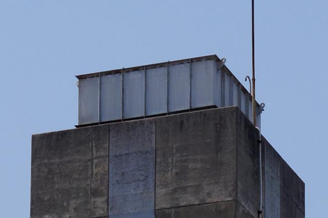 松前町営江川団地給水塔の頂部