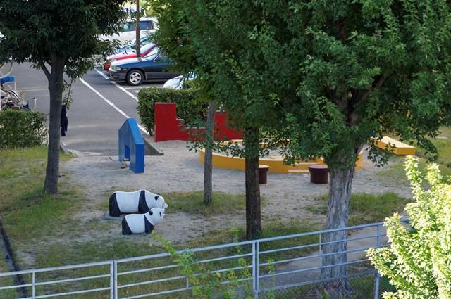 上から見た大阪府公社星田団地のパンダ遊具