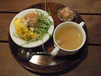 八百屋のキッチン(サラダバー・スープ)