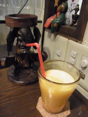 三茶カリー ZAZA(セットのミックスジュース)