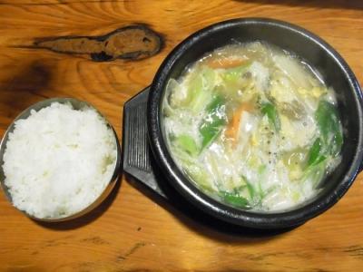 オムニ食堂(カルビタン定食¥900)