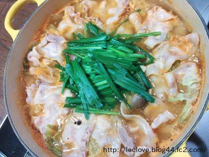 豚ニラキムチ鍋