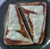 ミートソースにチーズ!