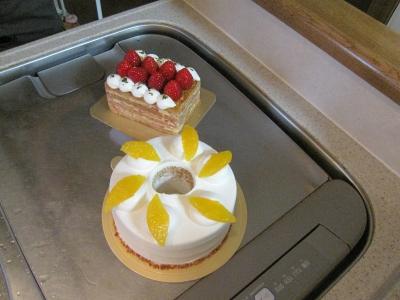 シフォンケーキにミルフィーユ。よだれがー。