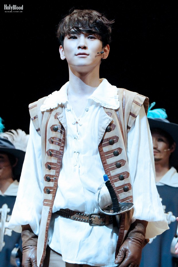 140105 THE THREE MUSKETEERS -1-2