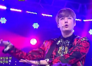 [K-POP] Shinhwa - Thats Right + This Love (Comeback 20130518) (HD) ‐ ニコニコ動画(原宿).mp4_000208441