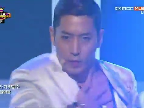 20130522 (SHINHWA) - This love - YouTube.flv_000170804