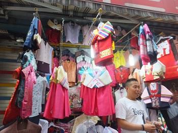 民族衣装の子供服