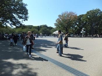 休日の上野公園