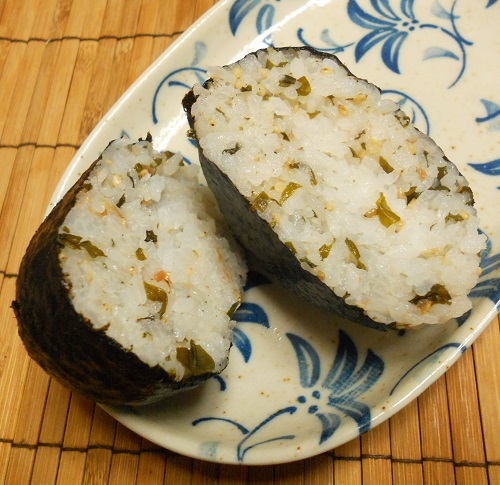 秋のソウルフード芋煮おにぎり三種23