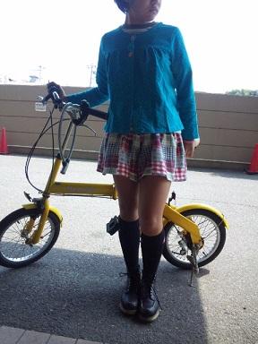 華の黄色自転車