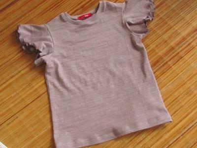 バタフライTシャツ