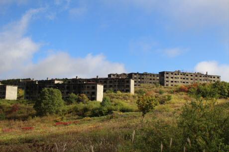 旧松尾鉱山アパート群07(2013.10.10)