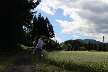 そば畑星沢01(2013.8.28)ジャンプ!