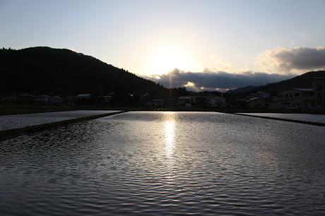 夕方田んぼのある風景07(2013.5.23)