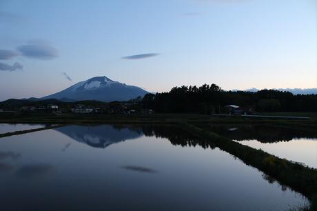 西根夕方田んぼのある風景01(2013.5.23)