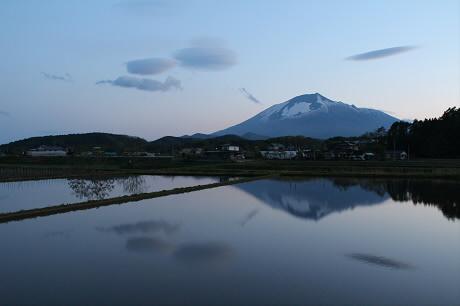 西根夕方田んぼのある風景02(2013.5.23)