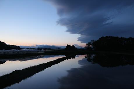 西根夕方田んぼのある風景07(2013.5.23)