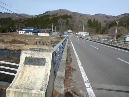 安比川堤防の桜並木05(2013.4.16)