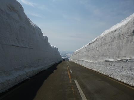 雪の回廊秋田08(2013.4.29)