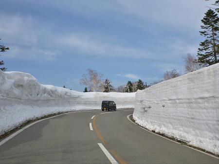 雪の回廊秋田25(2013.4.29)