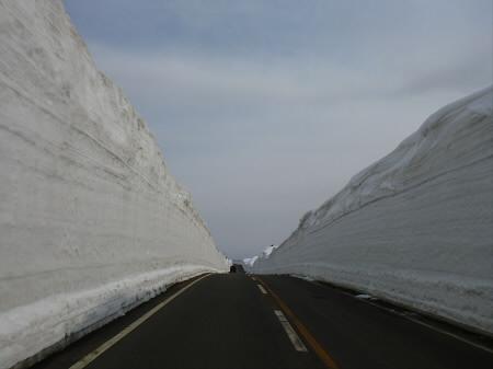 雪の回廊秋田27(2013.4.29)