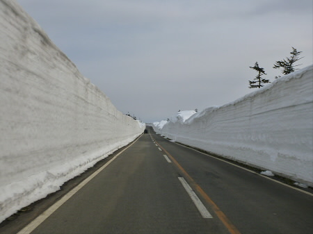雪の回廊秋田28(2013.4.29)